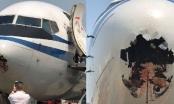Máy bay Boeing thủng lỗ lớn vì đấu đầu với chim