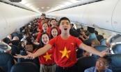 Độc đáo hát mừng Quốc Khánh trên độ cao 10.000m