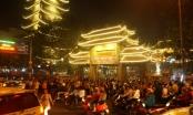 Người Sài Gòn đi chùa lễ phật lúc giao thừa