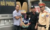 Quảng Ninh: CSGT kiểm tra xe khách, phát hiện hàng trăm bao thuốc là lậu