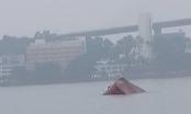 Tàu chở xi măng chìm nghỉm sau va chạm, một thuyền viên tử nạn