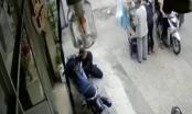 Clip thản nhiên trộm xe máy giữa chốn đông người