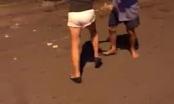 Xôn xao clip đám đông cổ vũ đôi nam nữ đánh nhau trên đường
