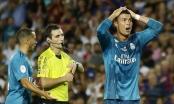 Ronaldo bị đuổi trong đêm Real hủy diệt Barcelona