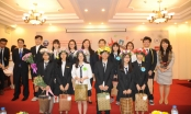 Đại học Quốc gia Hà Nội: Học sinh chuyên Ngoại ngữ sôi nổi với Cuộc thi Hùng biện 6 thứ tiếng
