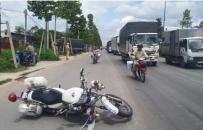 Bình Dương: Truy đuổi bắt giữ tài xế tông CSGT rồi bỏ chạy