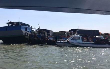 Chìm tàu trên sông ở Sài Gòn, thuyền trưởng mất tích