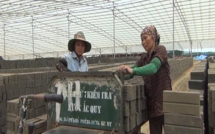 Xử lý lò gạch thủ công: UBND huyện Sóc Sơn đang 'vàng, thau lẫn lộn'?