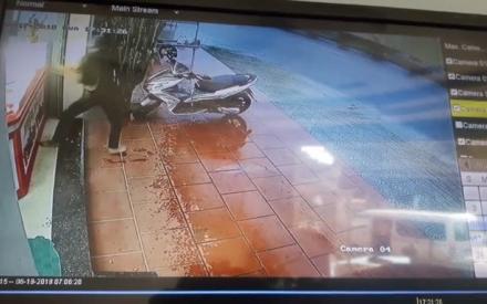Clip cướp tiệm vàng ở Quảng Nam
