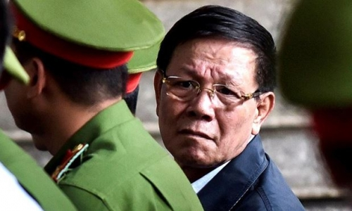 Bị cáo Phan Văn Vĩnh không có quyền yêu cầu không công khai bản án
