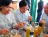 Nguyên Chủ tịch nước Trương Tấn Sang ủng hộ quán cơm 2.000 đồng