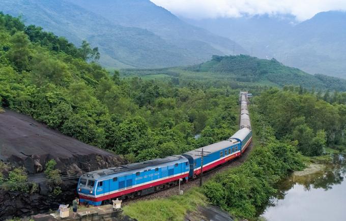 Bộ GTVT lên tiếng về tuyến đường sắt Lào Cai-Hà Nội-Hải Phòng trị giá 100.000 tỷ đồng