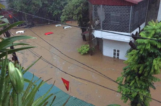 Thủ tướng yêu cầu khẩn trương khắc phục hậu quả mưa lũ ở Hà Giang
