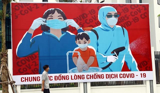 Báo Anh: Việt Nam quyết tâm cứu phi công Anh mắc Covid-19
