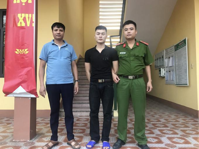 Quảng Ninh: Vận động đối tượng truy nã về tội Bắt, giữ người trái pháp luật ra đầu thú
