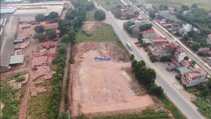 Bắc Giang: Doanh nghiệp tự ý san lấp mặt bằng, lấn chiếm hành lang ATGT