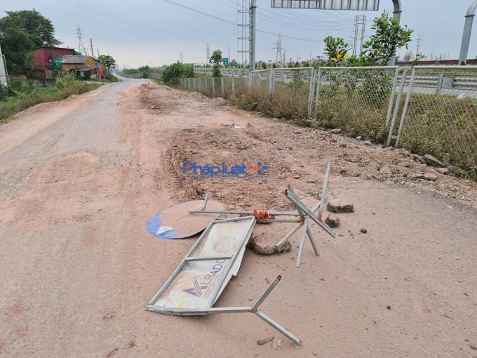 Đường gom cao tốc Bắc Giang - Lạng Sơn xuống cấp: Người dân vẫn thất kinh khi đi qua