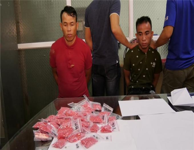 """Lào Cai: Bắt giữ hai đối tượng tàng trữ số lượng """"khủng"""" ma tuý"""