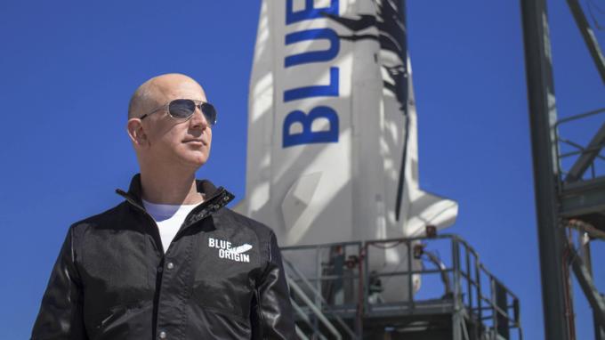 Tỷ phú Jeff Bezos sắp bay vào vũ trụ