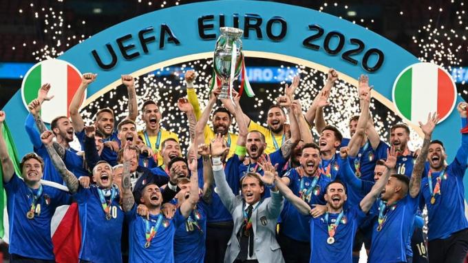 Đánh bại đội tuyển Anh, Italia lên ngôi vô địch EURO 2020