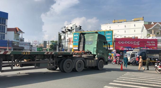 Bình Dương: Va chạm với container, 1 người tử vong