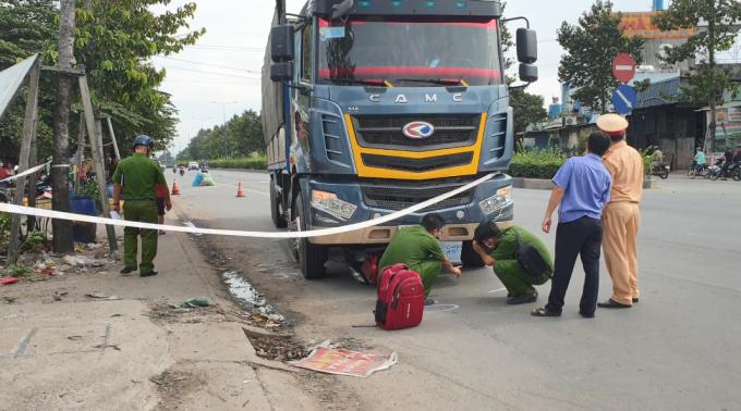 Bình Dương: Một người tử vong sau chạm với xe tải