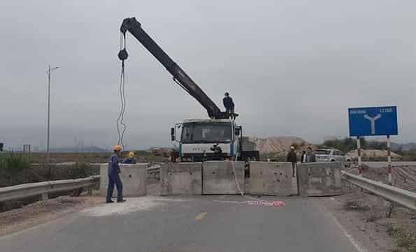 Quảng Ninh ban hành Văn bản chỉ đạo hỏa tốc sau vụ việc đổ đất, dựng trụ bê tông cách ly