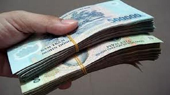 Thiếu úy Công an nhận hối lộ hơn 100 triệu đồng của người ghi đề