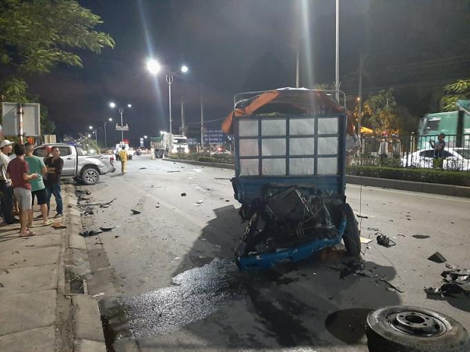 Quảng Ninh: Xe khách đi tốc độ cao húc trực diện người đi đường tử vong tại chỗ
