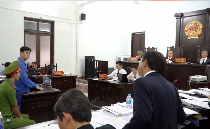 Xét xử vụ án bác sỹ bị cáo buộc hiếp dâm: Bị cáo tố ngược bị hại tội vu khống
