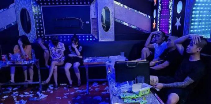 Vĩnh Phúc: Chủ quán karaoke mời bạn về nhà mở tiệc ma túy sau chầu nhậu