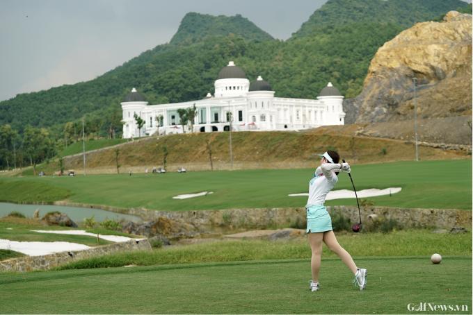 Photo - Sân Golf Kim Bảng xây dựng không phép hoành tráng cỡ nào?
