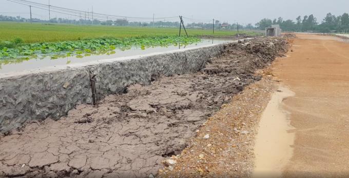 Hà Nội: Nghi vấn thi công không đảm bảo tại một số tuyến đường ở huyện Ứng Hòa
