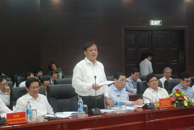 Đại diện Sở Nội vụ TP Đà Nẵng giải trình với Đoàn giám sát Quốc hội về việc Đà Nẵng thừa nhiều phó giám đốc Sở.