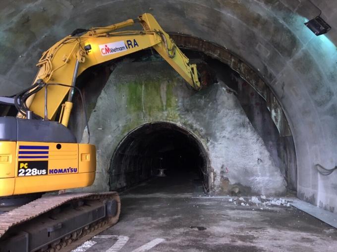 Đơn vị thi công hầm Hải Vân 2 tiến hành nổ mìn thí điểm trong vòng 1 tháng.