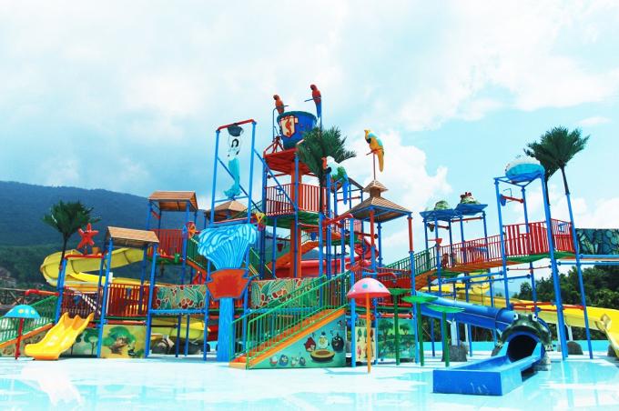 Khu vực công viên nước mới xây dựng cùng trò trượt máng nước, hố đen vũ trụ, bể kids pool...