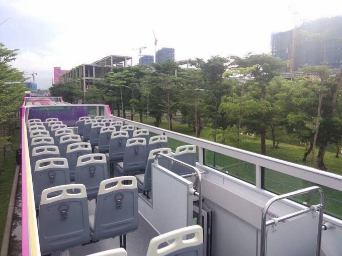 Xe bus 2 tầng du lịch có 54 chỗ ngồi, gồm 42 ghế tầng trên và 12 ghế tầng dưới.