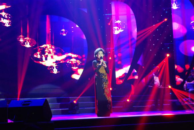 Nữ danh ca Giao Linh mang lại những phút giây khó quên cho khán giả.