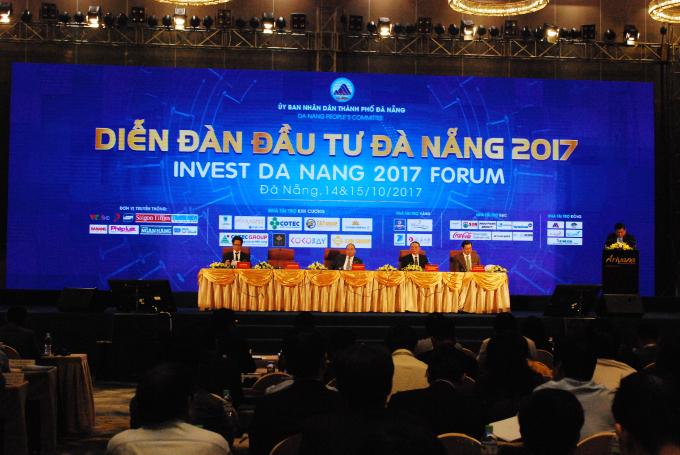 Diễn đàn Đầu tư Đà Nẵng 2017 thu hút gần 1.000 đại biểu.