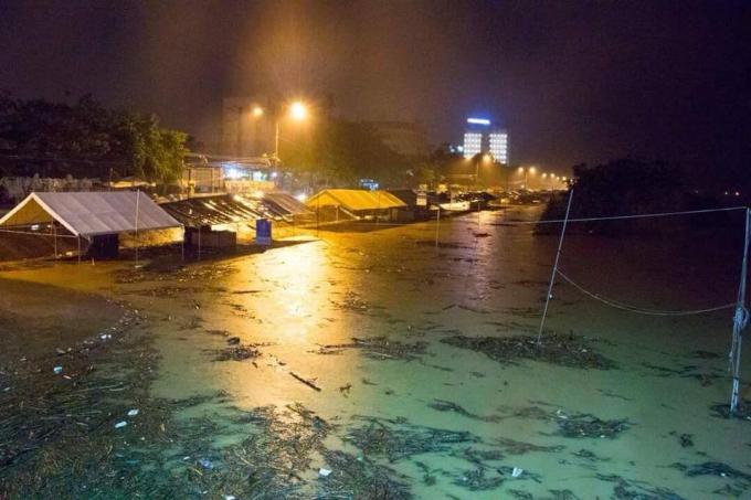 Nước lũ đều trên mức báo động 3 trên các sông tại khu vực tỉnh Quảng Ngãi. Ảnh: FB QNQHT.