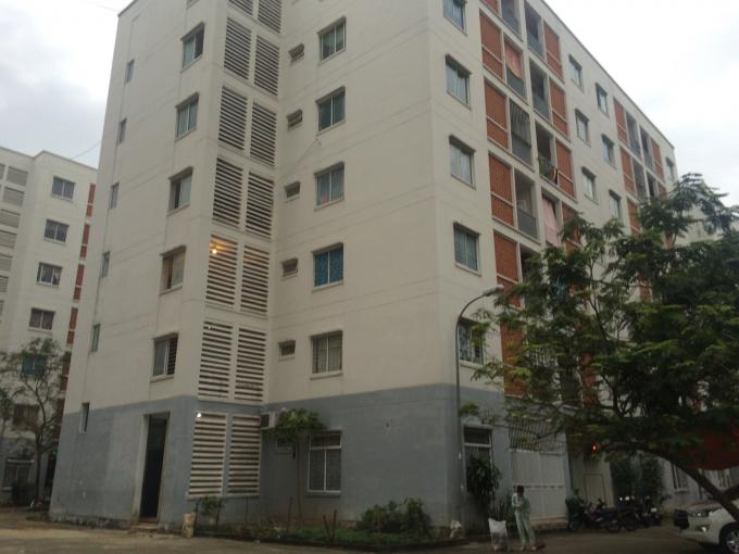 Khu vực nhà C - chung cư C2 được người dân phản ánh vụ việc.