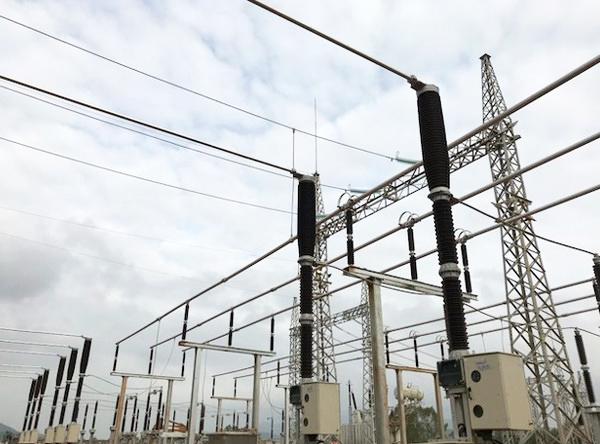 Hệ thống phân phối 220 kV Trạm biến áp 220 kV Phù Mỹ. Ảnh: EVNNPT.