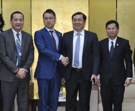 Tập đoàn Mikazuki của Nhật Bản cam kết sẽ tạo khu du lịch giải trí đẳng cấp 5 sao với lãnh đạo TP Đà Nẵng. Ảnh:Đ.X.