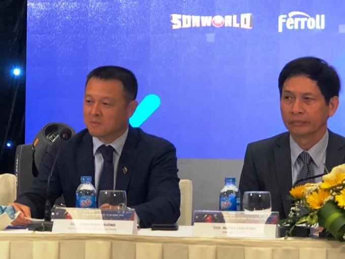 Phó Chủ tịch, Tổng Giám đốc Sun Group Đặng Minh Trường(trái)kỳ vọng sẽ thu hút thêm nhiều ngàn lượt khách đến thành phố trong 2 tháng lễ hội.