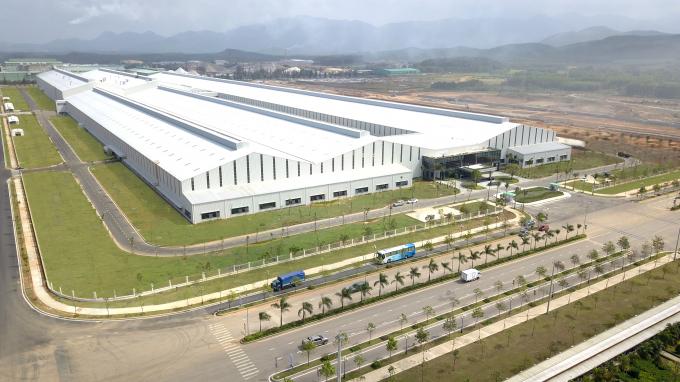Nhà máy sản xuất xe du lịch Thaco Mazdađược thiết kế xây dựng với tỷ lệ mật độ cây xanh hơn 55 %.