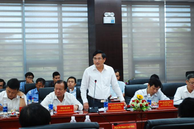 Ông Nguyễn Thành Tiến - Phó Chánh văn phòng UBNDTP Đà Nẵng phát biểu.
