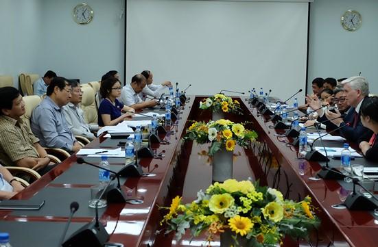Buổi làm việc giữa lãnh đạo TP Đà Nẵng và ngân hàng ADB. Ảnh: danang.gov.vn.