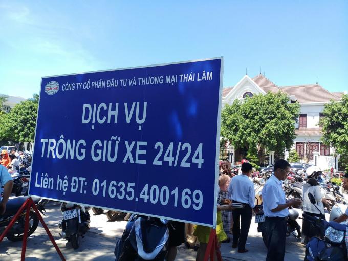 Công ty Thái Lâm đầu thầu thu phí xe tại Cổ viện Chàm, bãi đậu xe đường 2/9. Ảnh: FB.