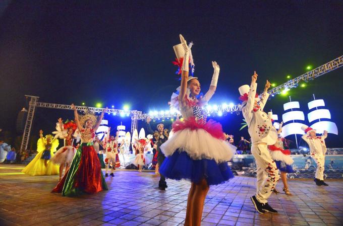 Không khí lễ hội mở đầu cho chuỗi sự kiện Đà Nẵng - Điểm hẹn mùa hè 2018.