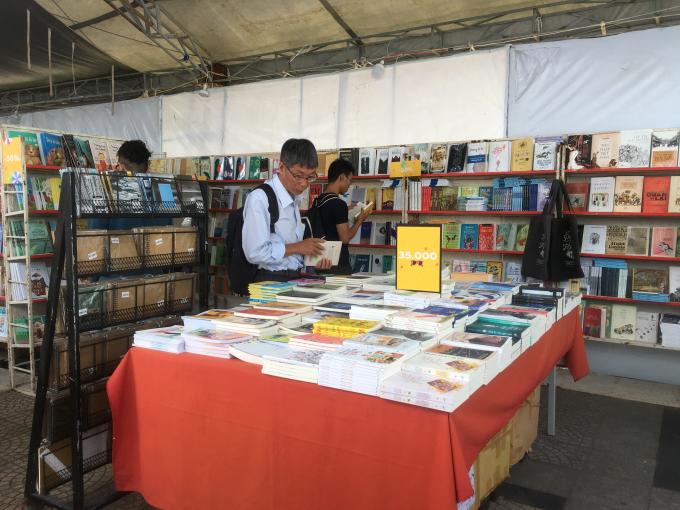 Tuần lễ sách Sơn Trà 2018 thu hút đông đảo độc giả yêu sách ghé thăm dịp này.